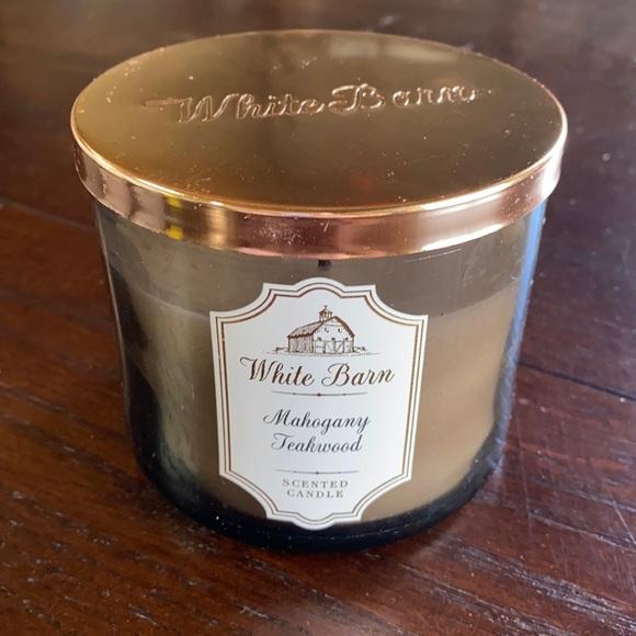 Bath & Body Works White Barn 3 Wick Candle